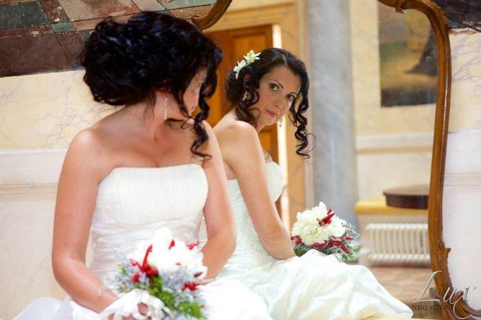 Spose dai capelli lisci:foto delle vostre acconciature? - 1