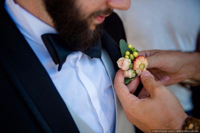 Accessorio sposo: bianco o colorato? 2