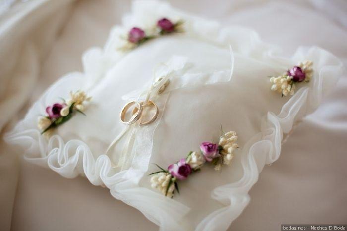 Quale portafedi scegli per le tue nozze? 1