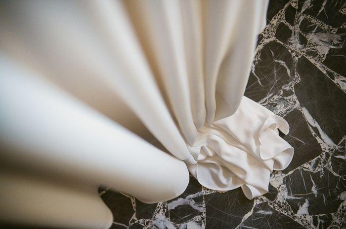 Quale tessuto preferisci per l'abito da sposa? 4