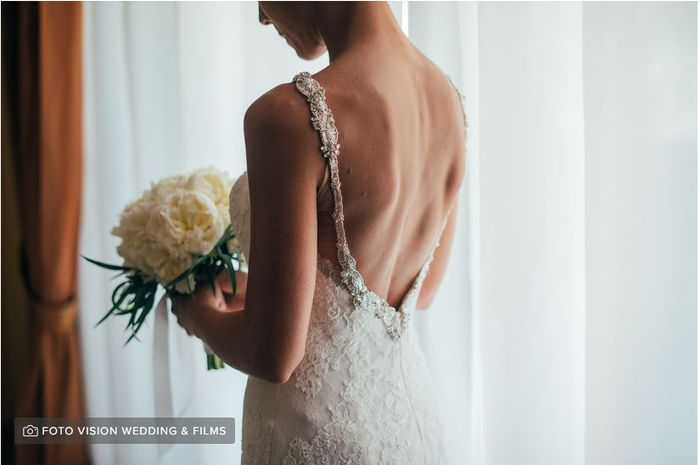 Parlaci del retro del tuo abito da sposa 1