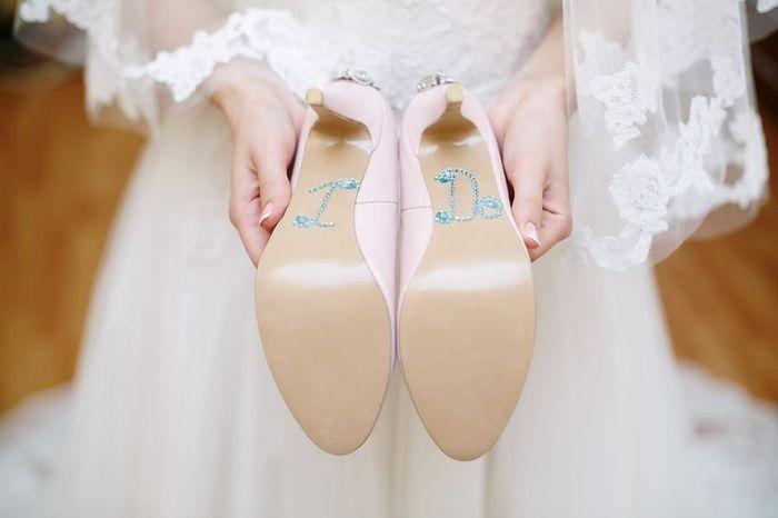 Che scarpe abbinerai al tuo abito da sposa? 1