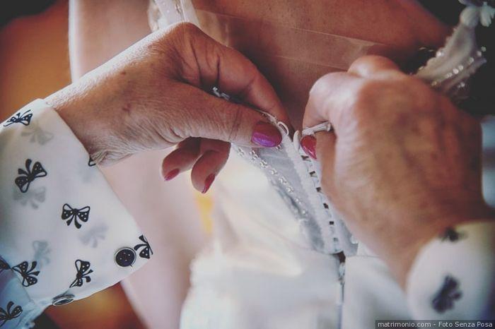 Chi vi aiuterà a vestirvi il giorno delle nozze? 1