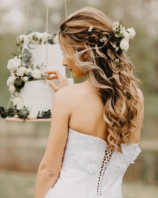 Spose con semiraccolto come acconciatura: in quante siete? 1