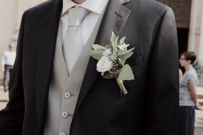 Boutonnière🌹: un must per lo sposo 1