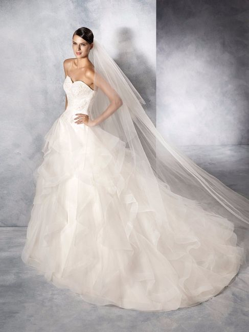 62f717ed523d Sono fan - Abito da sposa principessa o boho chic  - Moda nozze ...
