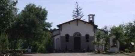 Chiesa in campagna - 1