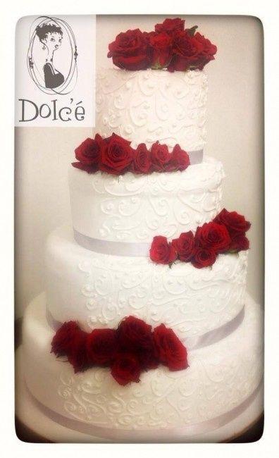 La nostra torta bianca con peonie e ortensie - Organizzazione matrimonio - Fo...