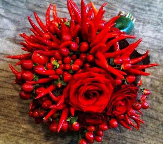 Aiuto fiori rossi... - 1