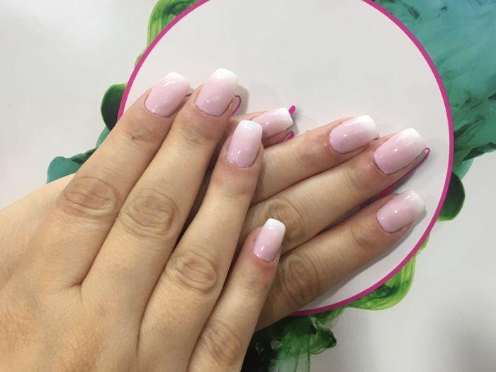 Acconciatura e manicure - 1