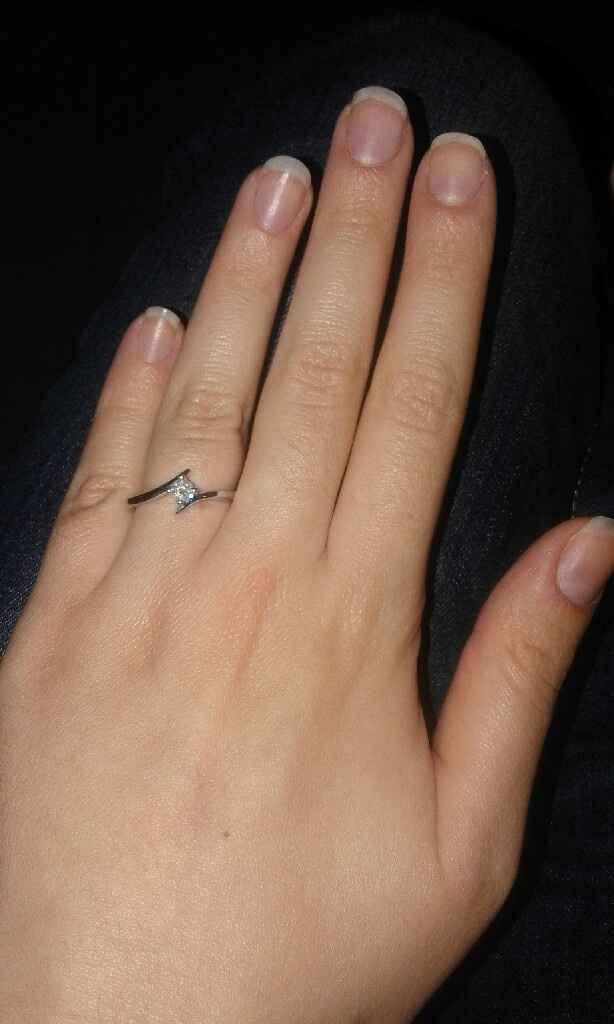 Il vostro anello di fidanzamento... - 1