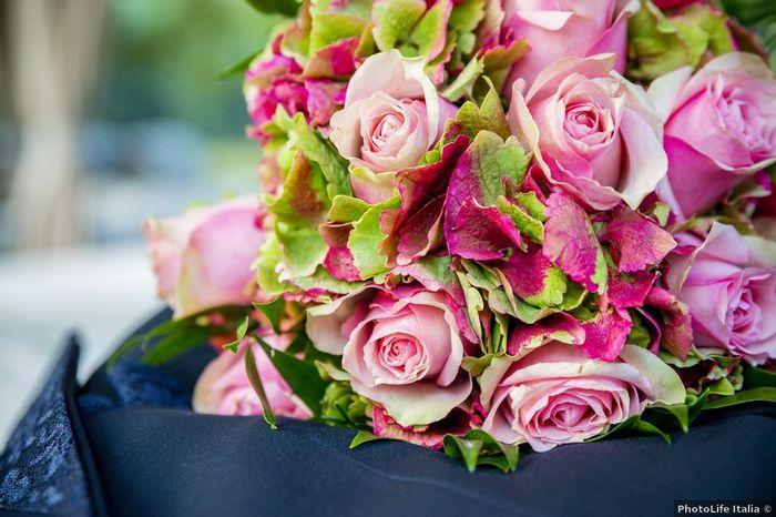 10 bouquet da sposa rosa: quale potrebbe essere il tuo? 2