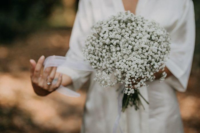 Bouquet sposa con solo gypsophila: per voi è si👍🏻 o no👎🏻? 1