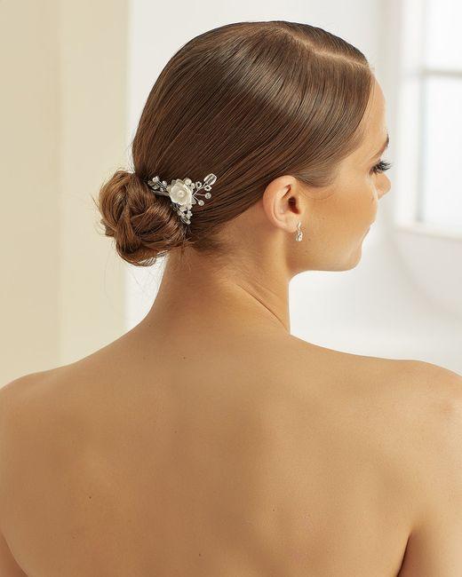 Che accessorio capelli indosseresti? 2