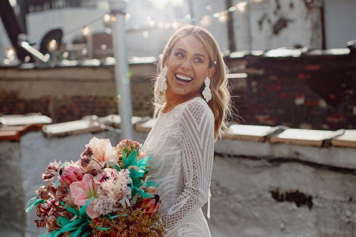 Orecchini XXL per la sposa: per voi è sì o no?👰 1