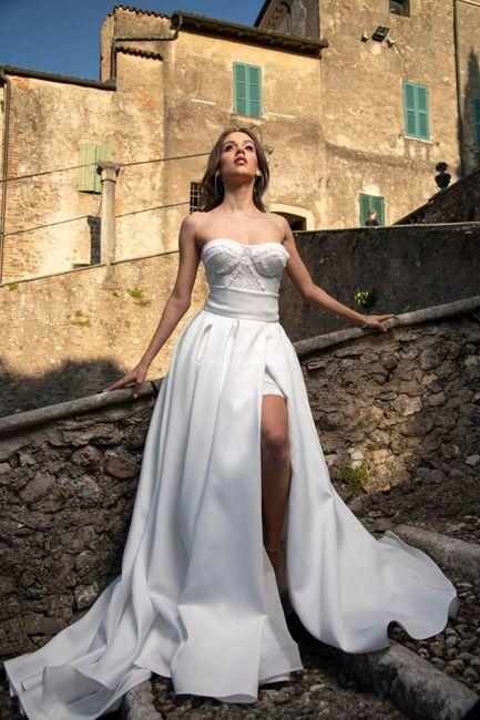 Quale tra questi abiti da sposa è simile al tuo? 4