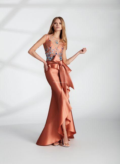 ⛱️Tendenze estate 2021: i 5 colori più cool per l'invitata a nozze! 8