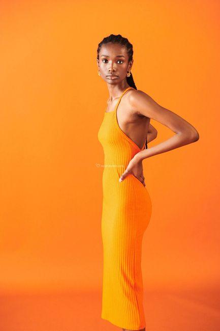 ⛱️Tendenze estate 2021: i 5 colori più cool per l'invitata a nozze! 10