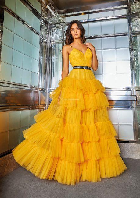 ⛱️Tendenze estate 2021: i 5 colori più cool per l'invitata a nozze! 11