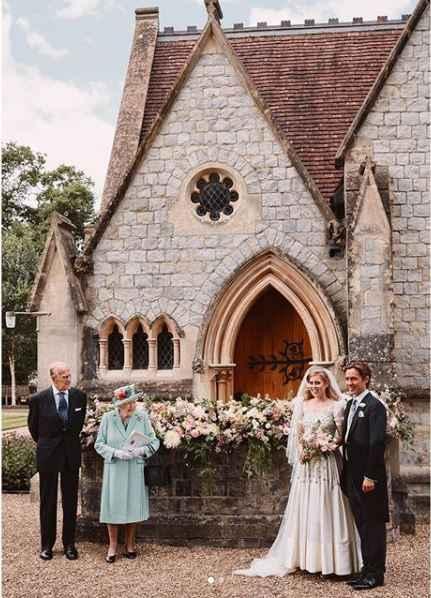 Matrimoni reali: Beatrice di York è convolata a nozze! E questo era il suo abito ❤️ - 3