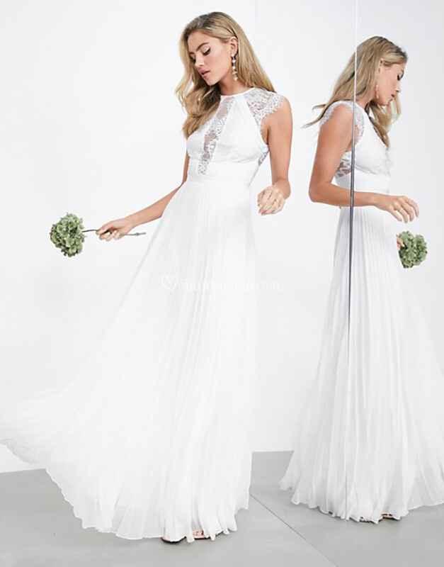 Quante firme low cost di abiti da sposa conoscete? Scrivetele qui👇 - 2