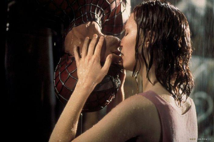 🥰😘 i baci che ci hanno fatto sognare da bambine🥰😘 6