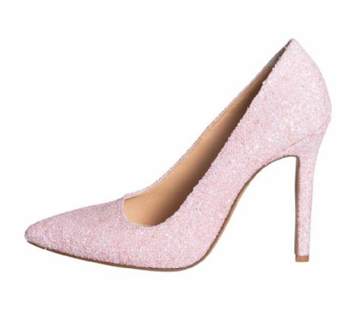 Scarpe rosa...che ne dite😘😘 2