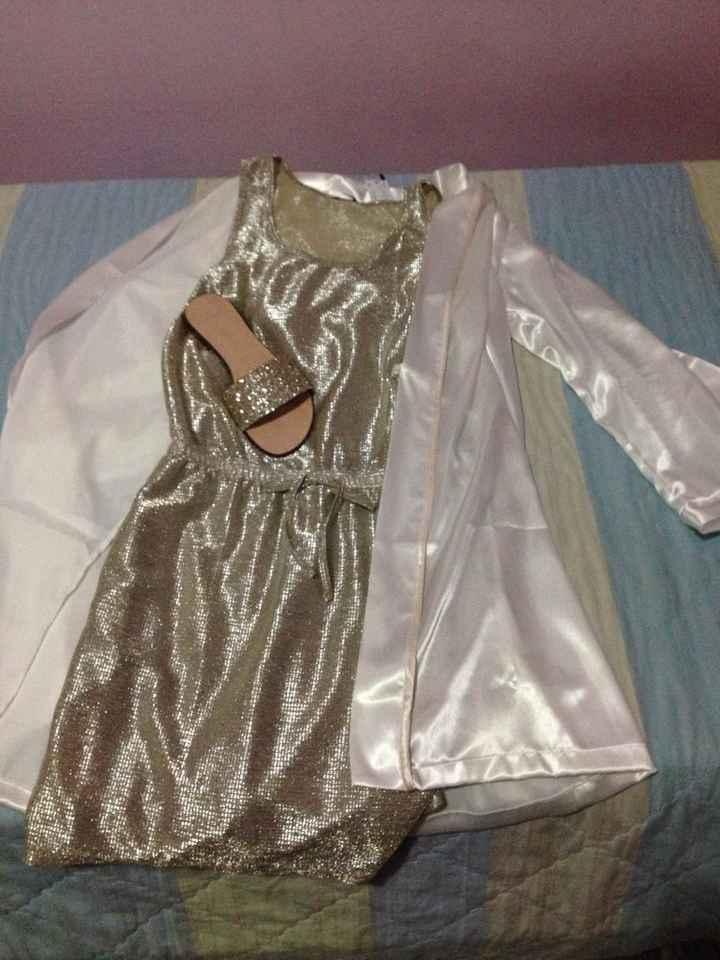 Abbigliamento per il trucco sposa - 1