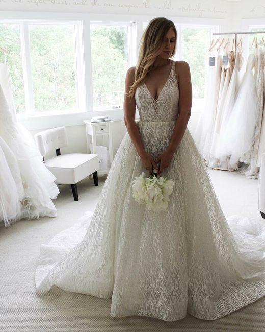 Abiti Da Sposa Lazaro.Abiti Lazaro Moda Nozze Forum Matrimonio Com