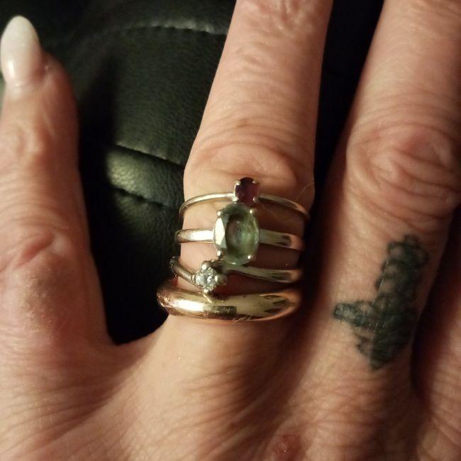 I vostri anelli di fidanzamento: vogliamo vederli! 23