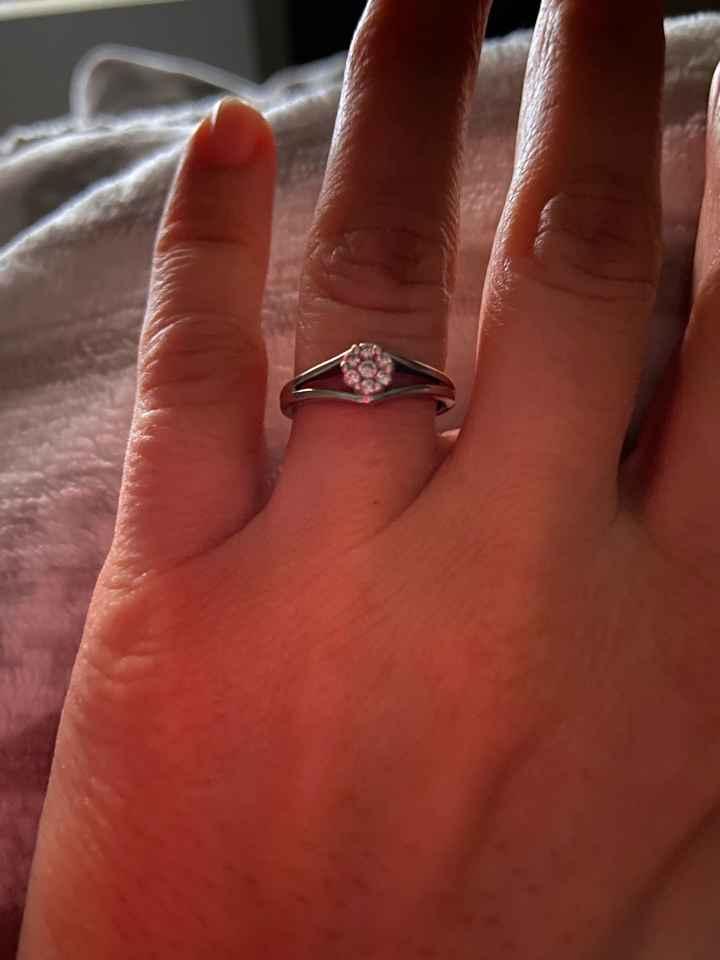 Anello di fidanzamento: come lo preferite? - 1