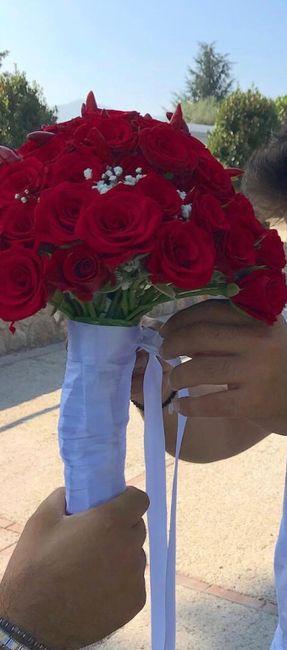 Bouquet rosso! Vota il tuo preferito - 1