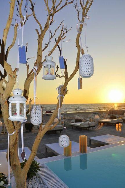 Matrimonio Spiaggia Fai Da Te : Allestimento tavoli e tableu sulla spiaggia ricevimento
