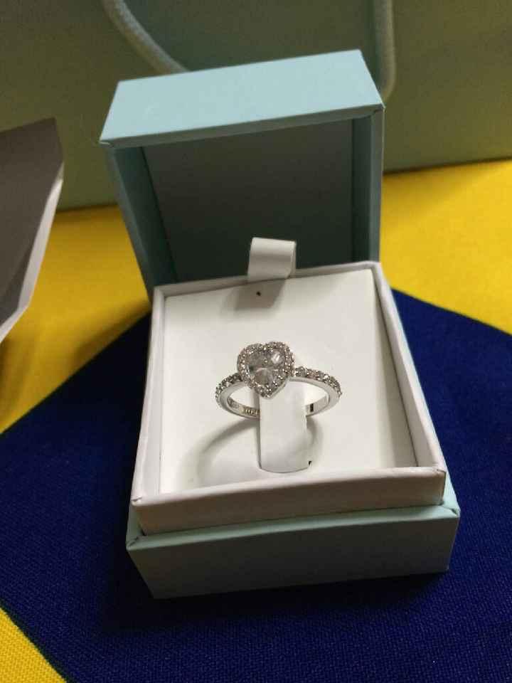 Com'è il vostro anello di fidanzamento? - 1