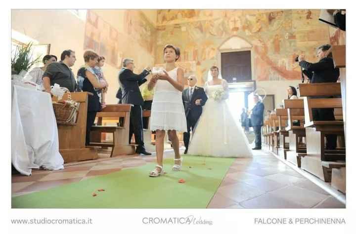 Tappeto bianco o rosso in chiesa'?? - 2