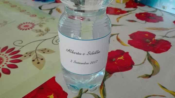 Altro fai da te :) bottigliette per la wedding bag :) - 1