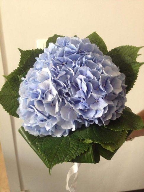 bouquet uscita sposa, ortensie azzurre