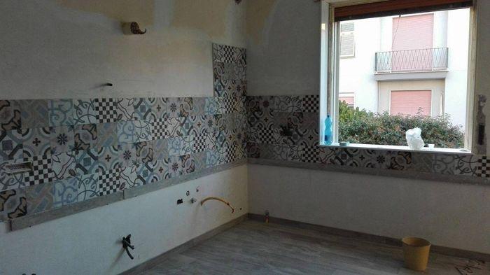 Rivestimento parete cucina p gina 3 vivere insieme - Piastrelle con brillantini ...