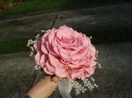 Bouquet Sposa Unica Rosa.Bouquet Costoso Organizzazione Matrimonio Forum Matrimonio Com