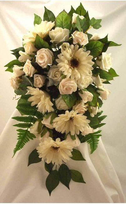 Matrimonio Girasoli E Rose Bianche : Roselline bianche e gerbere cerimonia nuziale