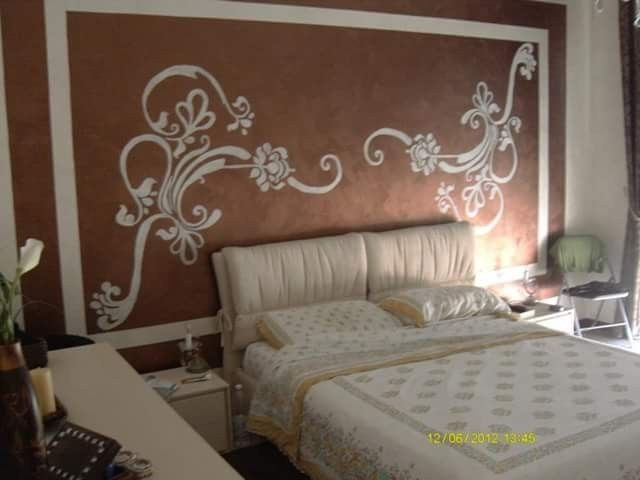 Awesome Pittura Camera Da Letto Classica Contemporary - Idee ...