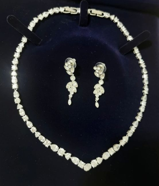 Mi fate vedere i gioielli che indosserete o avete già indossato il giorno del matrimonio? 4