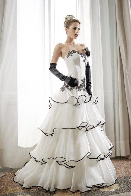 Matrimonio In Abito Nero : Abito bianco e nero pagina moda nozze forum