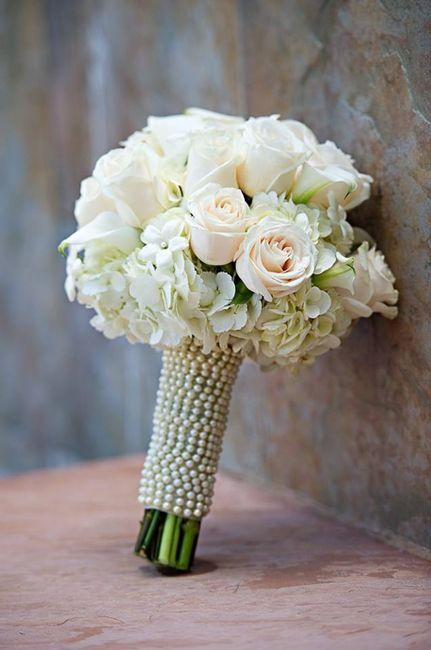 Bouquet Sposa Per Abito Pizzo.Consiglio Bouquet Abito Pizzo Moda Nozze Forum Matrimonio Com
