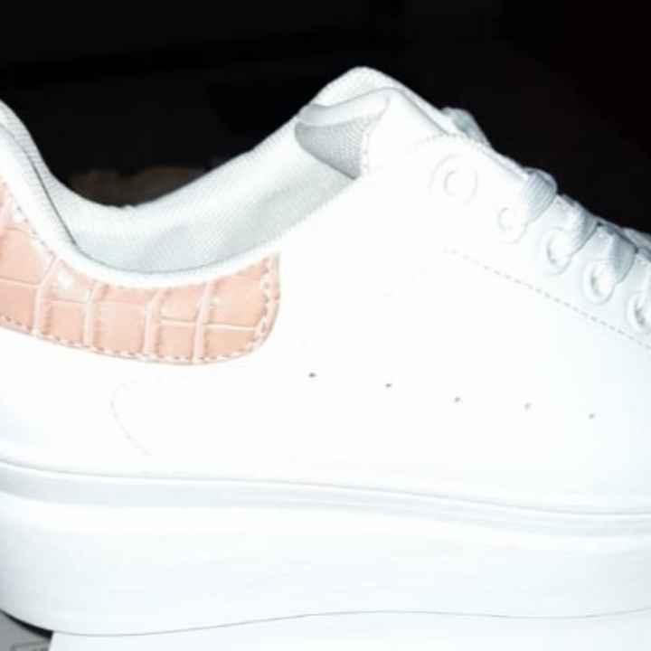 Scarpe di ricambio - 1