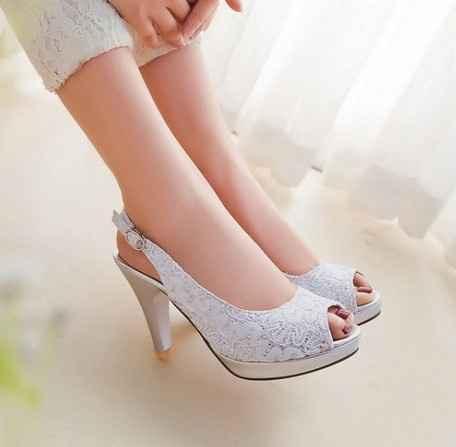 Sos alla ricerca delle scarpe !! - 1