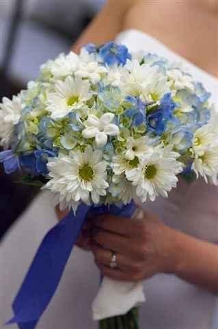 Bouquet con fiori azzurri - 2