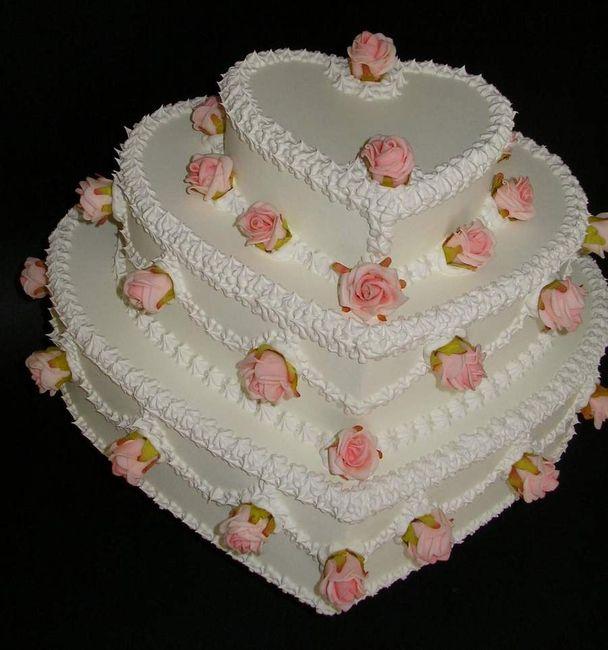 torta nuziale a forma di cuore per pesciolina