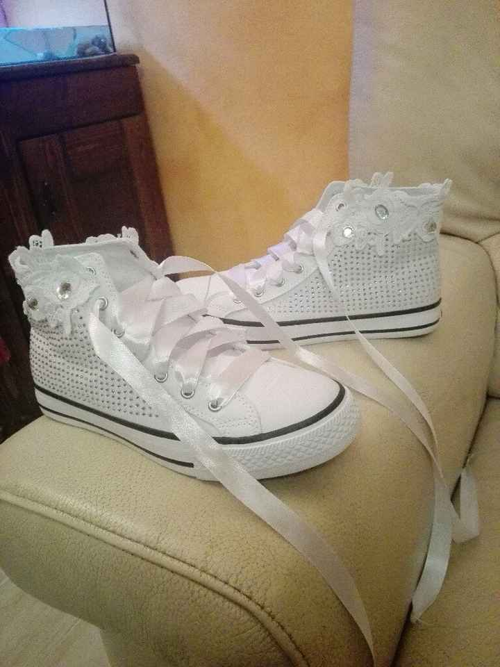 Aiuto le scarpe - 1