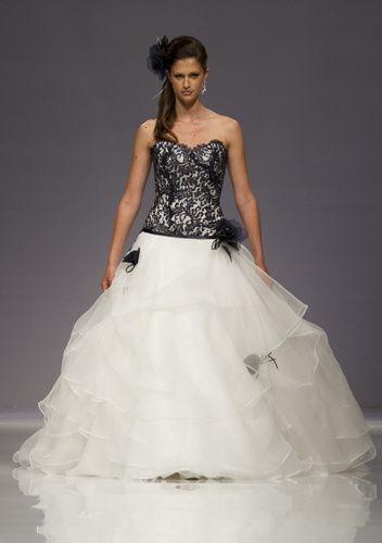 Matrimonio In Abito Nero : Abito da sposa nero o quasi moda nozze forum